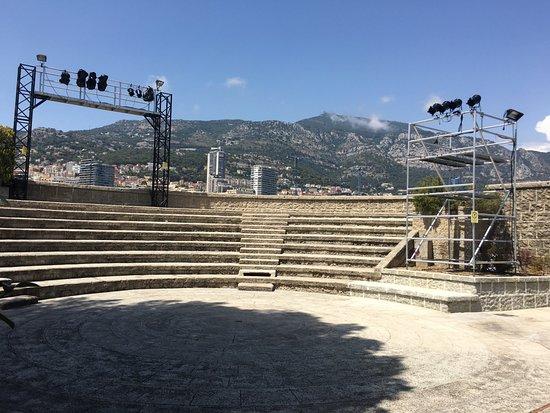 Le Théâtre du Fort Antoine bat son plein cet été