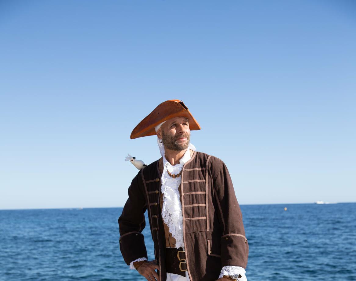 À l'abordage : le Pirate Blanc débarque à Monaco !